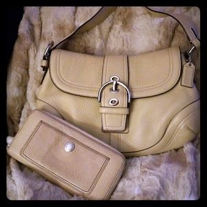 Coach purse with matching zip around wallet